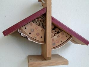 insektenhotel rosen. Black Bedroom Furniture Sets. Home Design Ideas